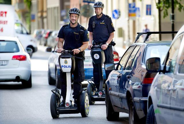 Segway_Police_Stokolm